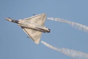 Mua thêm 36 chiến đấu cơ Mirage V, Pakistan quyết đấu Ấn Độ?