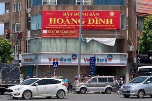 Hà Nội: Tóm gọn nam thanh niên dùng súng giả đi cướp ngân hàng