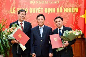 Phó Thủ tướng, Bộ trưởng Ngoại giao trao quyết định bổ nhiệm 2 Tổng Lãnh sự