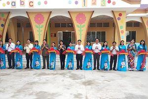 Khánh thành Trường mầm non và trao quà trung thu tại Vĩnh Long