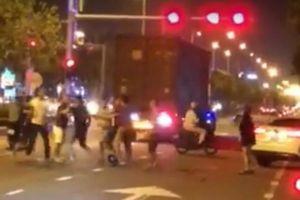 Truy tìm nhóm thanh niên Đà Nẵng hỗn chiến giữa đêm vì... 'không thuận mắt'