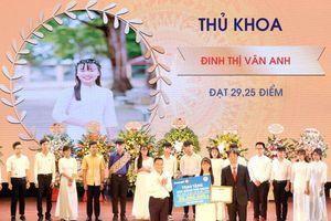 Tập đoàn Bảo Việt: Sát cánh cùng sinh viên ngành Tài chính - Bảo hiểm