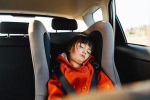 Các hãng xe hơi sẽ lắp hệ thống giám sát chống bỏ quên trẻ em
