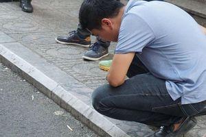 Nhân chứng sợ hãi kể lại vụ nổ khiến 4 người bị thương ở Chung cư HH Linh Đàm: 'Bưu phẩm được bọc cẩn thận, vừa mở thì phát nổ...'