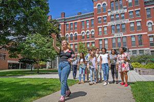 'Ghen tị' với khuôn viên như cổ tích của 18 trường đại học đẹp nhất thế giới