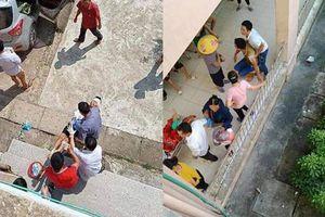 Đang nằm trong nhà, bé trai ở Bắc Giang bị chú ruột chém đứt lìa tay