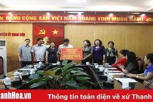 Ủng hộ người dân huyện Quan Sơn khắc phục hậu quả do mưa lũ