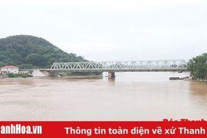 Cùng nhà thơ Nguyễn Minh Khiêm tự tình với dòng sông