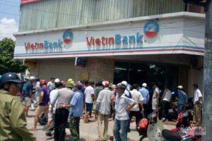 Xác định danh tính kẻ mang súng giả cướp ngân hàng ở Hà Nội