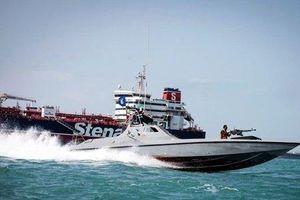 Lý do Iran lại bắt giữ tàu chở dầu ở vùng Vịnh