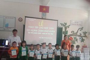 50 suất học bổng COPI đến tay học sinh nghèo hiếu học Vĩnh Long