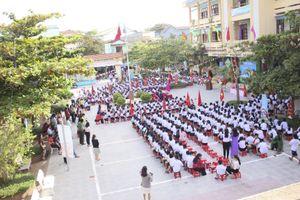 Nhiều trường học ảnh hưởng mưa lũ ở Quảng Trị, Hà Tĩnh khai giảng năm học mới