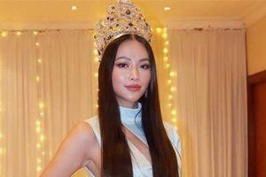 Phương Khánh đội vương miện 3,5 tỷ, diện váy gợi cảm chấm thi chung kết Miss Earth Malaysia 2019