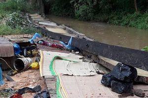 Sập tường rào do mưa lớn trong đêm ở Thái Nguyên, 3 người thiệt mạng