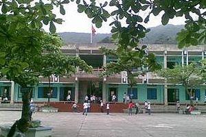 Nam sinh lớp 3 tử vong do bị ngã tại phòng học