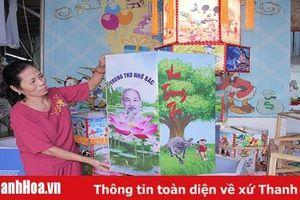 Gia đình bà Châu Thị Thanh hơn 20 năm làm đèn Trung thu
