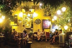 Quán cà phê ở Hội An đuổi khách Việt, chỉ phục vụ khách Tây