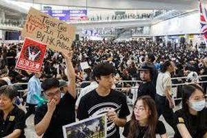 Chính quyền Hong Kong không biết đàm phán với ai để dập tắt biểu tình