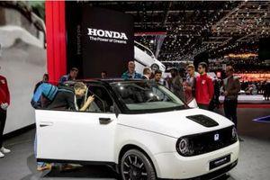 Hatchback Honda E bộc lộ nhiều ứng dụng hiện đại nổi bật
