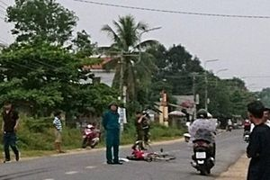 Quảng Nam: Hai xe máy tông nhau, hai người tử vong