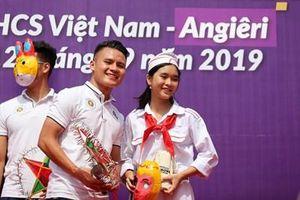 Dàn sao của Hà Nội FC thắp sáng ước mơ cùng học sinh Thủ đô