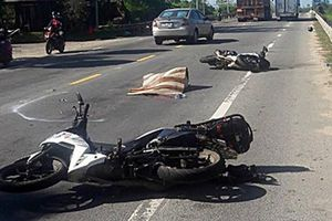Quảng Nam: Hai người đi xe máy tử vong sau va chạm