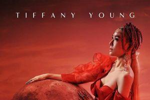 Fan đắm chìm sắc đỏ quyến rũ từ Tiffany trong bản remix 'Magnetic Moon'