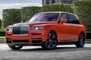Triệu hồi xe sang Rolls-Royce Cullinan vì đèn hậu quá mờ