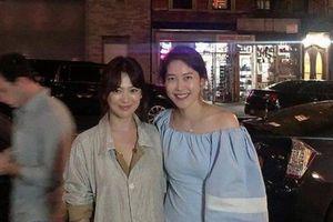 Song Hye Kyo để mặt mộc, đón trung thu ở trời Tây