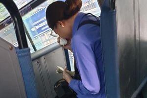 Nữ tiếp viên xe buýt bị đình chỉ vì khách 'quên mua vé': Lần đầu tiên tôi gặp chuyện như vậy