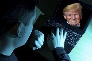 Sinh viên đại học rủ nhau hack hồ sơ tài chính của Tổng thống Trump