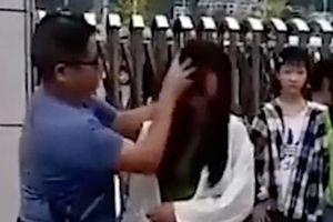 Dùng khăn 'tẩy trang' cho học sinh, giáo viên Trung Quốc gây tranh cãi