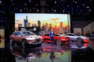 Cận cảnh BMW Concept 4 tại Triển lãm ô tô Frankfurt