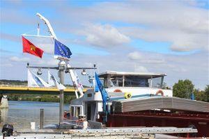Khánh thành đường vận tải thủy từ nội địa Pháp đến Việt Nam