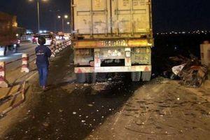 Danh tính nạn nhân rơi sông Hồng tử vong sau tai nạn trên cầu Thanh Trì