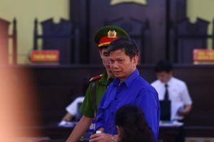 Xét xử gian lận thi cử ở Sơn La: Vì sao các cán bộ Sở GD&ĐT bị triệu tập nhưng không đến?