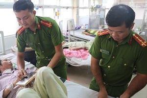 Công an Đắk Nông: Vượt 300 km đến tận giường bệnh làm CMND cho người dân để chữa bệnh