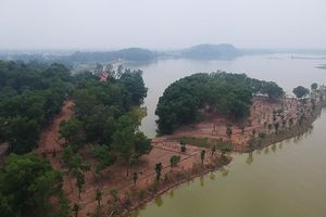 Dự án 'xẻ thịt' hồ Đồng Mô vẫn đổ đất thi công trong quá trình thanh tra