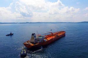 Mỏ Bạch Hổ suy giảm, Việt Nam nhập hàng triệu thùng dầu về lọc