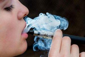 Cảnh báo hiểm họa liên quan đến thuốc lá điện tử khiến 7 người tử vong