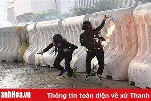 Cảnh sát Hong Kong bắt giữ 1.474 người trong các vụ biểu tình bạo lực