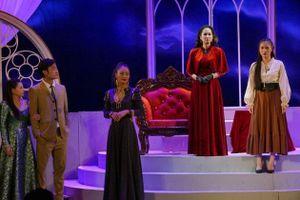 Nhà hát kịch Việt Nam giới thiệu vở mới 'Người mẹ trước vành móng ngựa'