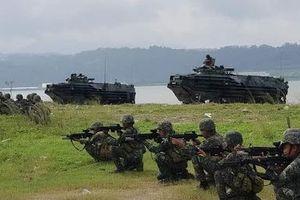 Phô trương sức mạnh của AAV gần Biển Đông, Philippines nói không nhắm vào bất cứ khu vực nào