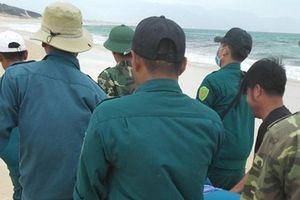 Nhóm sinh viên mới ra trường bị sóng cuốn khi tắm biển ở Khánh Hòa: Tìm thấy thi thể nam thanh niên mất tích