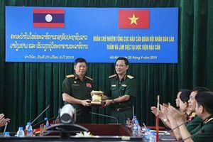 Chủ nhiệm Tổng cục Hậu cần QĐND Lào thăm Học viện Hậu cần