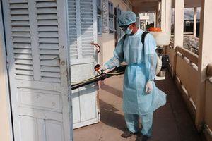 Ngày thứ ba liên tiếp Cà Mau có hơn 150 học sinh nhập viện liên quan đường hô hấp