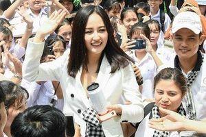 Hoa hậu Mai Phương Thúy: 'Hãy cứ làm những điều trái tim mách bảo, dù có điên rồ tới đâu'