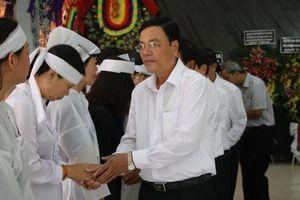 Lễ viếng Đại tá phi công Nguyễn Văn Bảy đang diễn ra tại quê nhà