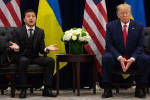 Tổng thống Ukraine Zelensky gặp rắc rối vì cuộc điện đàm với ông Trump