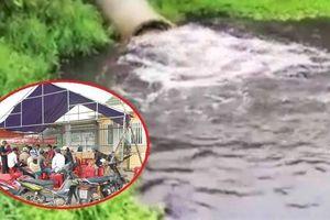 Nhà máy cồn bốc mùi hôi ở Quảng Nam bị dân tố lợi dụng trời mưa xả chất bẩn